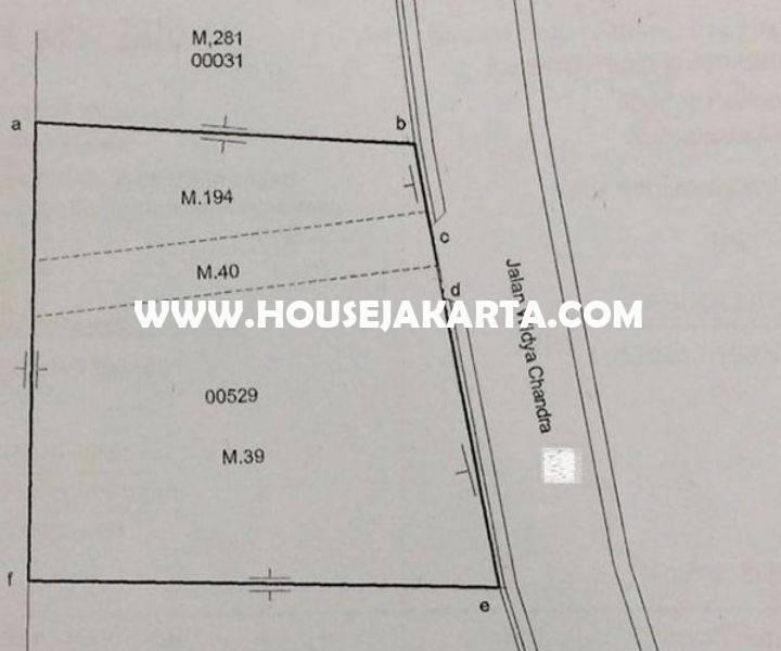 HS1033 Rumah 4 lantai Jalan Widya Chandra at SCBD Senopati Kebayoran Baru Dijual Murah