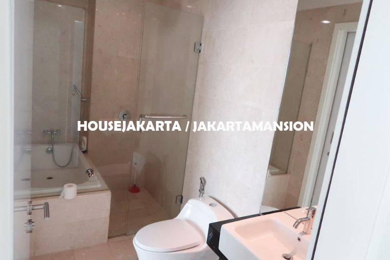 AR1127 Kemang Village for rent sewa lease