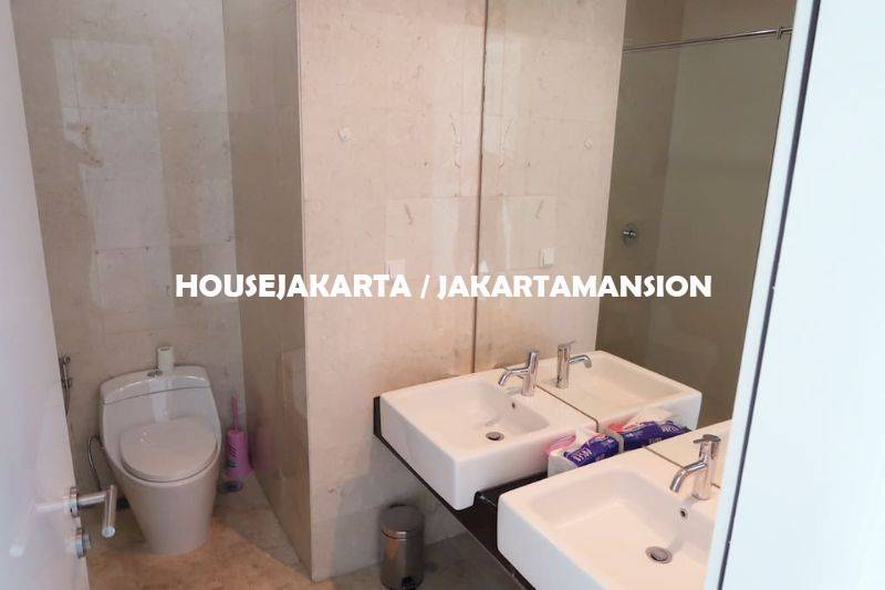 AR1127 Kemang Village for rent sewa lease