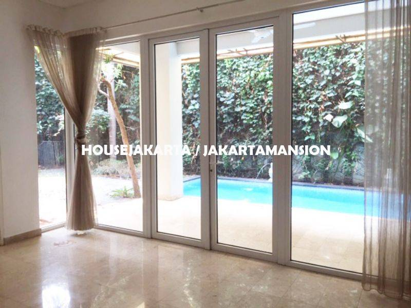 HR1131 Compound for rent sewa lease at kemang