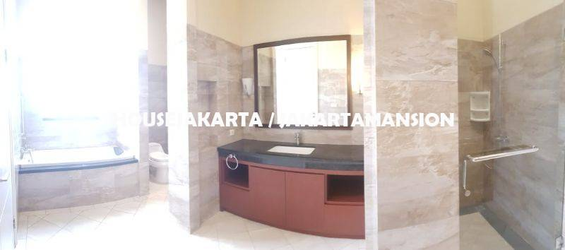 HR1150 House for Rent sewa lease at Pondok indah