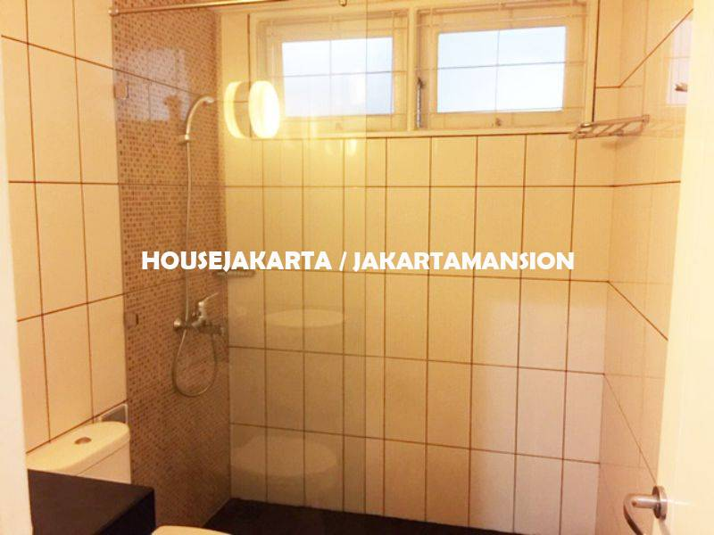 HR1171 House for rent sewa lease at kuningan