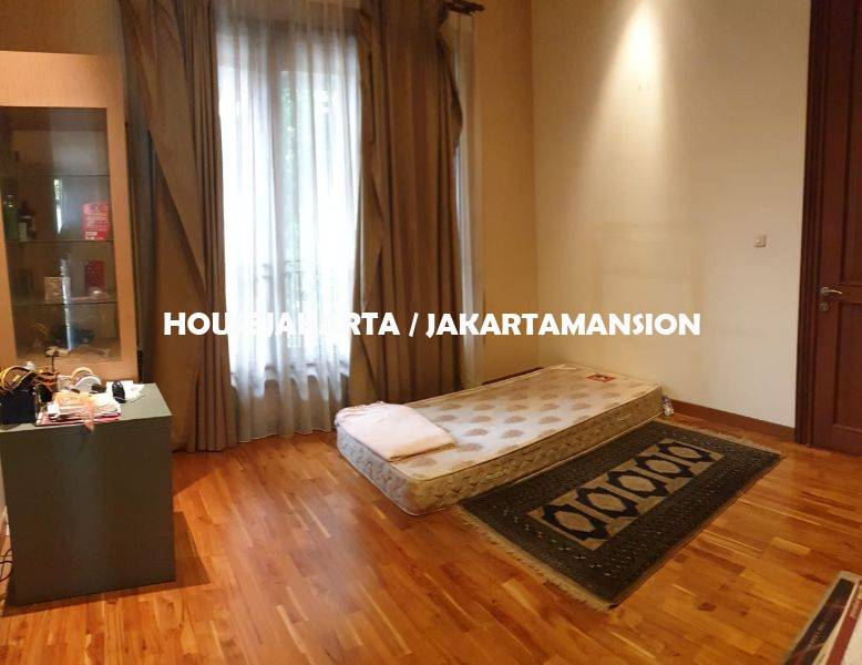 HR1178 House for Rent sewa lease at Pondok indah