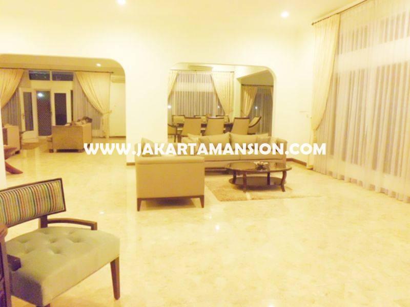 HS1200 Rumah Jalan Mulawarman Senopati Kebayoran Baru dekat SCBD Sudirman Dijual Murah