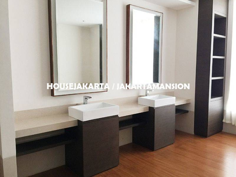 AR1235 The Residences at Dharmawangsa New Tower For Rent Sewa Lease