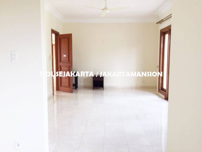 HR1247 Compound House for rent at Ampera close to kemang