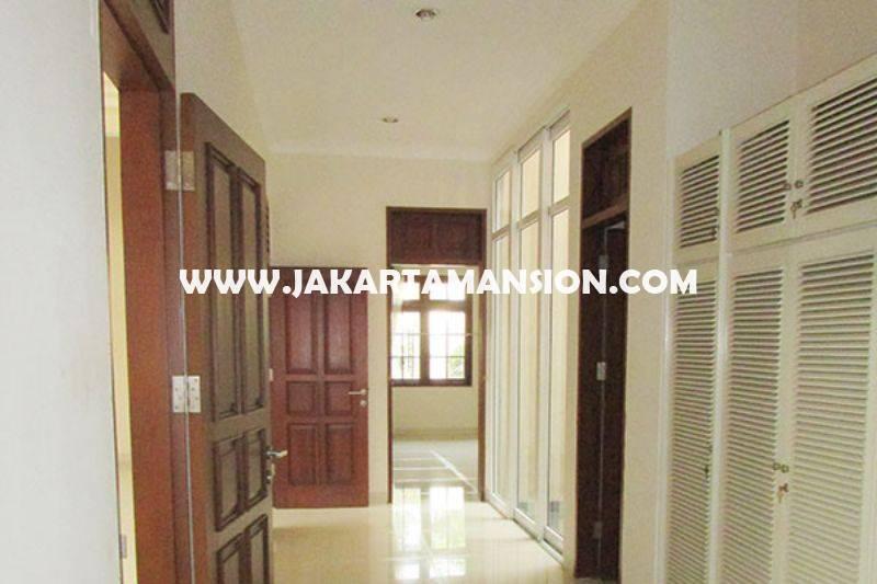 HS1298 Rumah 2 lantai Jalan Banyumas Menteng Dijual Murah Tanah Persegi daerah Tenang