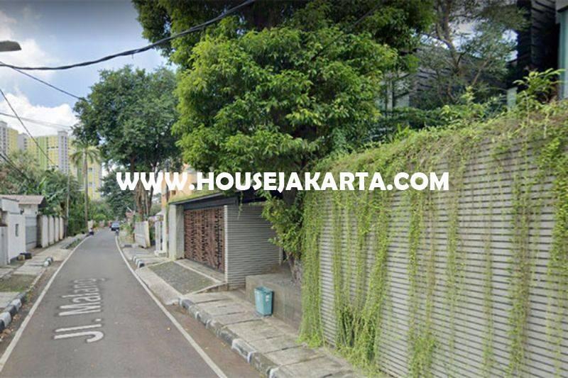 HS1320 Rumah Jalan Malang Menteng Dijual Murah Tanah Persegi Golongan C
