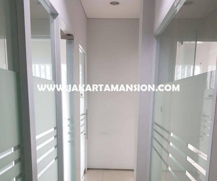 CS1351 Gedung komersial 3 lantai Jalan Suryo Raya Senopati Kebayoran Baru Dijual Murah dekat SCBD Sudirman