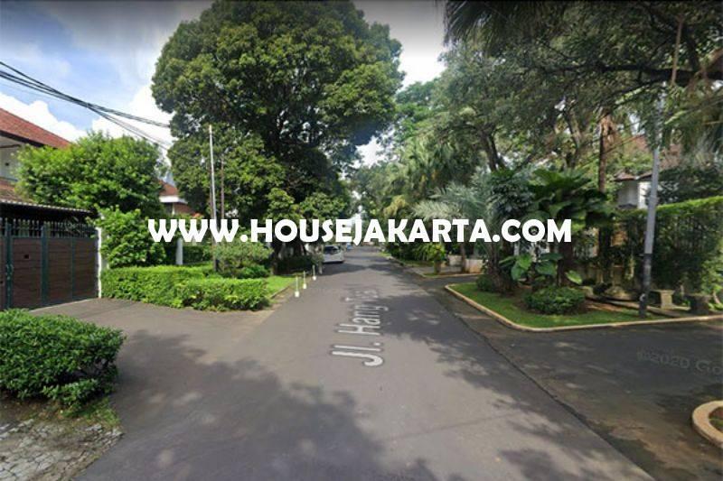 HS1370 Rumah Bagus Jalan Hangtuah Kebayoran Baru 2 Lantai ada Basement Pool Dijual Murah