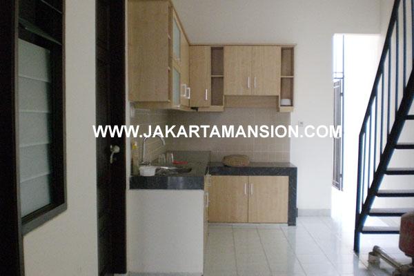 HR176 Rumah Kemang Selatan Jakarta disewakan
