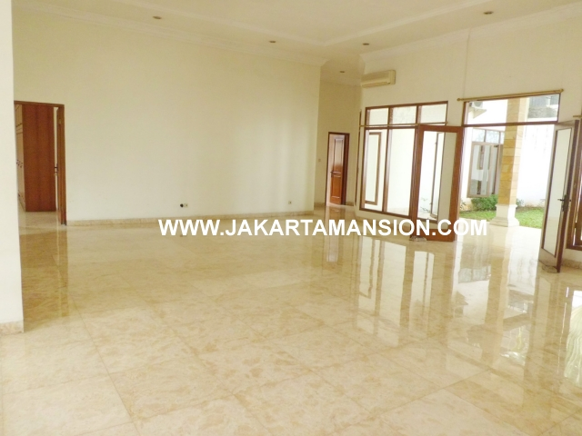 HS352 House for sale at kemang