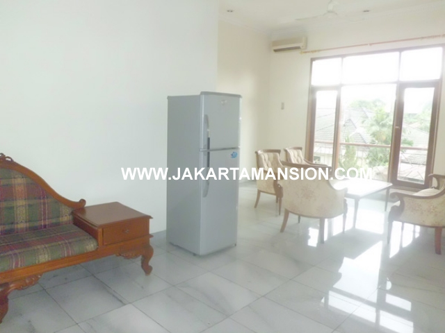 HR359 House for rent at kemang