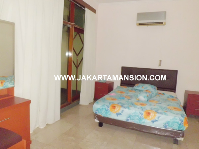 HR361 House for rent at Pondok Indah