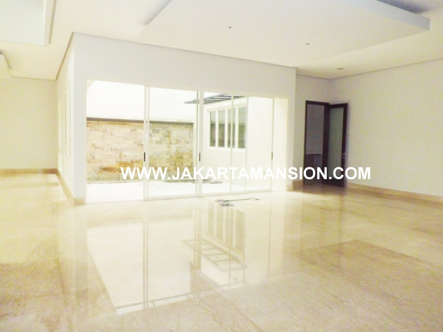 HR375 House for rent at senopati