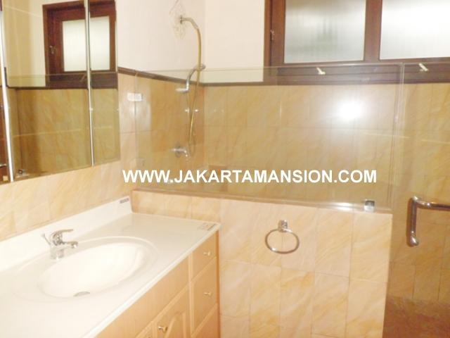 HR380 House for rent at kemang