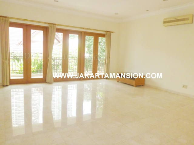 HR381 House for rent at kemang