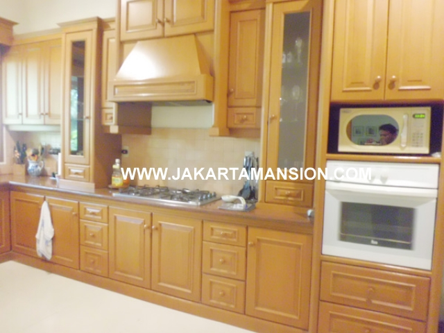 HR388 House for rent at kemang