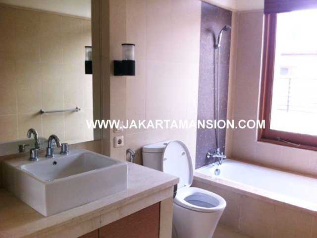 HR407 Compound for rent at Pondok Indah