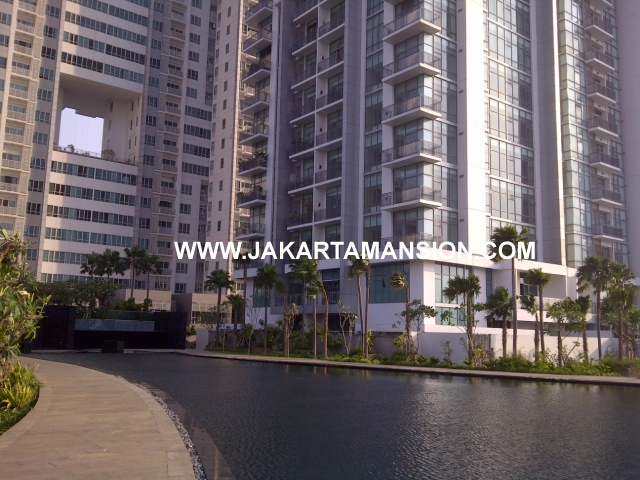 AR412 Essence Darmawangsa For Rent