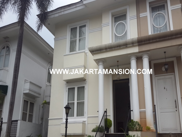 HR446 Town house for rent at Cipete Close to Francais International School