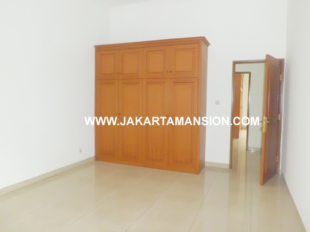 HR450 House for rent at Kemang