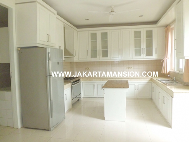 HR451 House for rent at Jeruk Purut Kemang