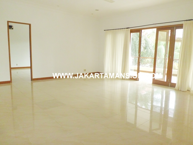 HR470 House for rent at Kemang