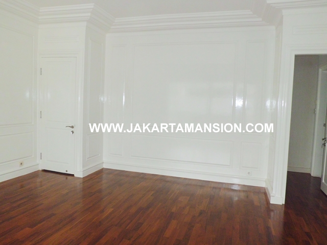 HR483 House for rent at Pejaten Close to kemang