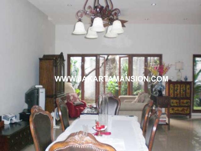 HS499 Rumah Jalan Cemara Senopati Kebayoran Baru Dijual