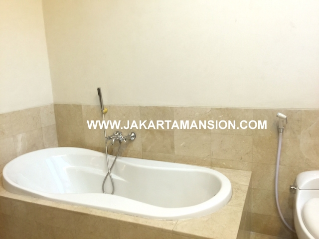 HR567 Excellent house for rent at Kemang Jakarta Selatan cheap price