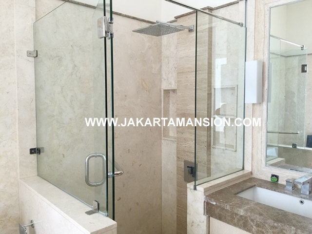 HR593 Compound for rent at Kemang