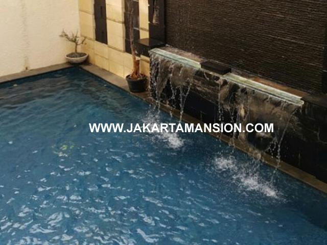 HS671 Rumah bagus widya chandra senopati scbd sudirman dijual murah ada lift dan pool