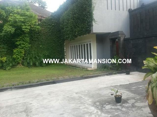 HS676 Rumah Jalan Tirtayasa Kebayoran Baru Senopati Dijual Murah ada Pool