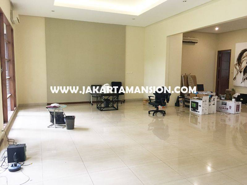 HR747 House for Lease Rent Sewa at Senopati Kebayoran Baru