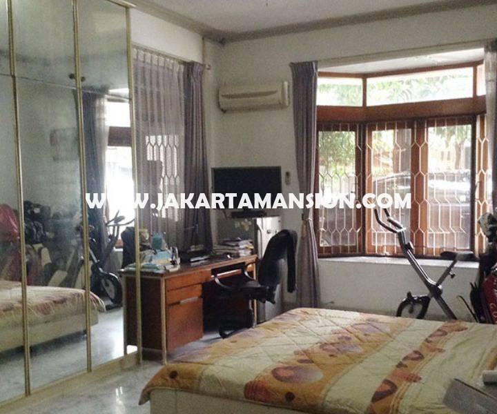 HS780 Rumah Jalan Tulodong Senopati SCBD Sudirman 2 lantai Dijual Murah 22 Milyar