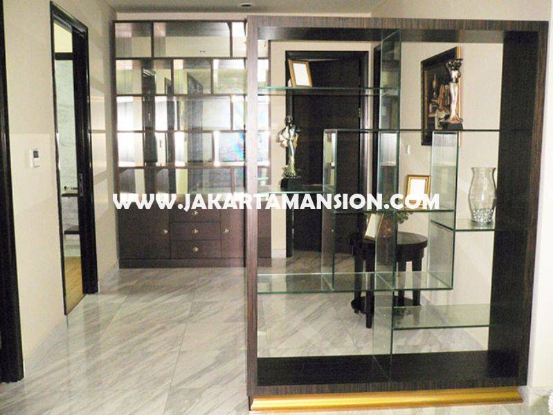 AR787 The Peak Sudirman Apartment for rent sewa lease
