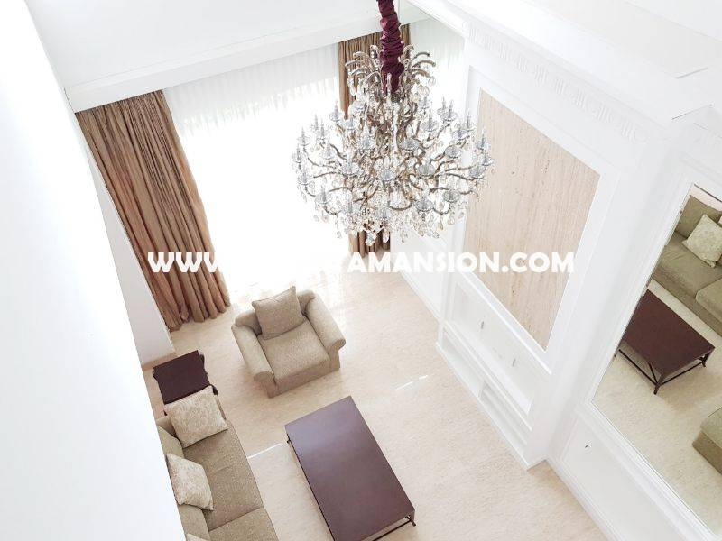AR849 Town house Pakubuwono Residence For Rent