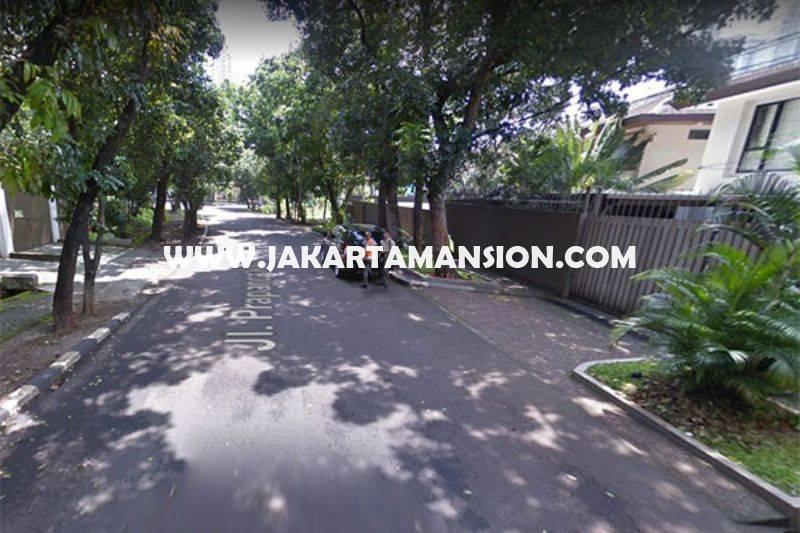 HS913 Rumah Jalan Prapanca dekat Brawijaya Kebayoran Baru daerah tenang Dijual Murah