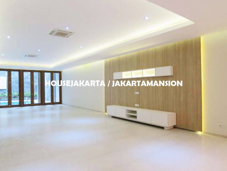 HR1014 House for Rent Sewa Lease at menteng