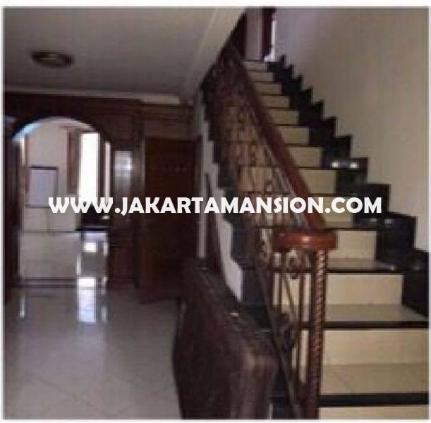 HS1028 Rumah Jalan PRAPANCA dekat Brawijaya Kebayoran Baru Dijual Murah 32M ada Pool