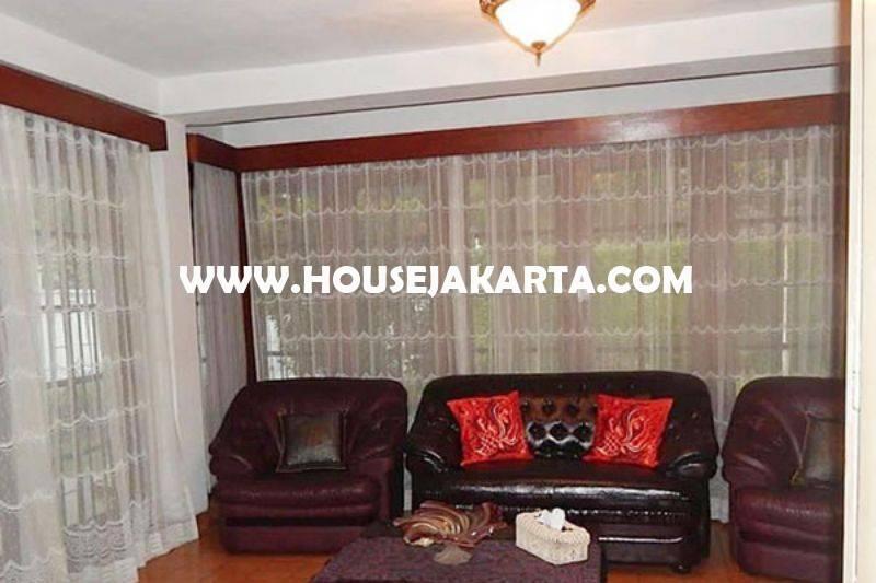 HS1045 Dijual Rumah jalan Karawang Menteng Murah Tanah Kotak Golongan C