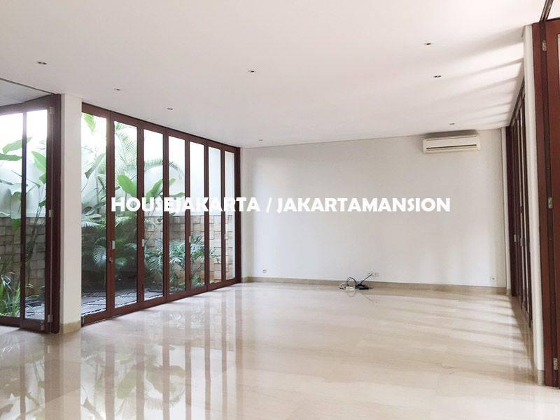 HR1138 House for Rent sewa lease at Cilandak