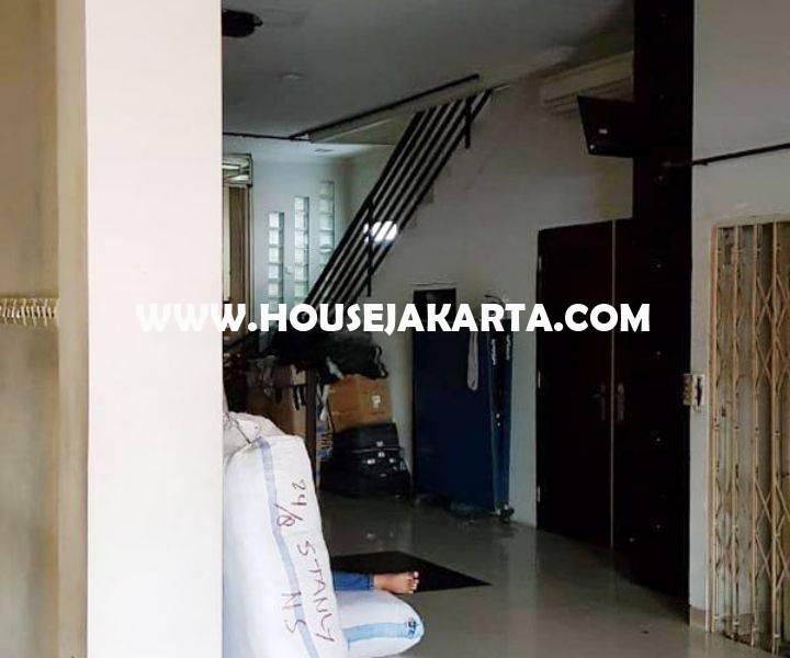 CS1142 Kantor Ruko 3 Lantai Jalan kebon kacang Tanah Abang Dijual Murah Siap Pakai