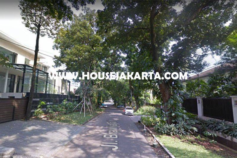 HS1203 Rumah Jalan Brawijaya X Kebayoran Baru dekat Senopati Dijual Murah Daerah Asri Tenang