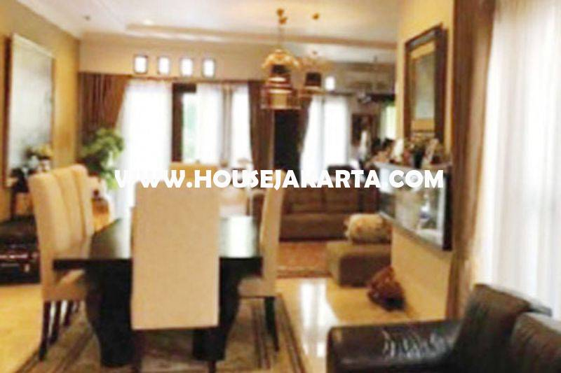 HS1225 Rumah Bagus jalan Jambu Menteng Dijual Murah 40M Persegi Siap Pakai