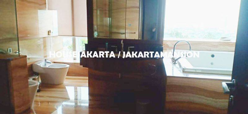 AR1234 Pacific Place Residence For Rent Sewa Lease