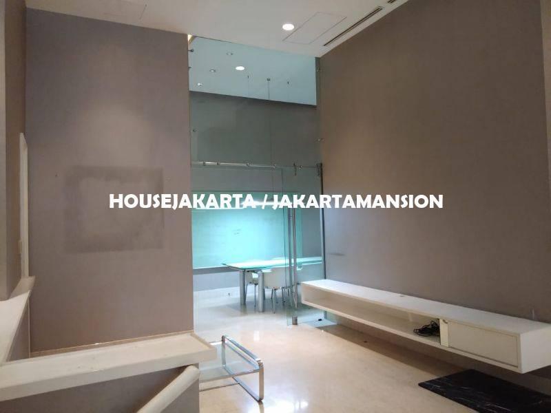 AR1237 TownHouse Pakubuwono Residence For Rent Sewa Lease