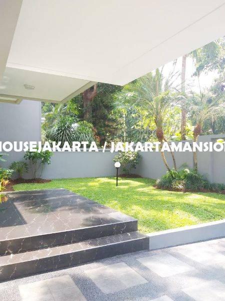 HR1255 House for Rent sewa lease at Pondok Indah close to JIS