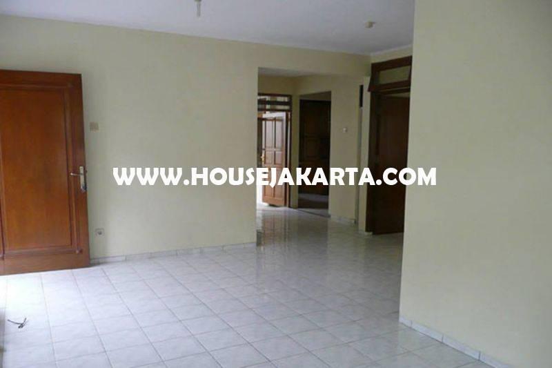 HS1305 Rumah Tua Jalan Purworejo Menteng Dijual Murah Hitung Tanah Golongan C Kotak dekat Jalan Thamrin